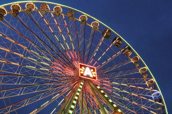 Reuzenrad kerstmarkt Antwerpen